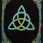 Triquetra Tie-Dyed 70×104